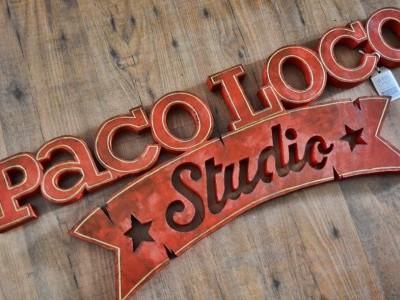 Logo corpóreo vintage
