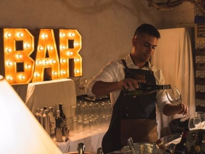 Letras Bar